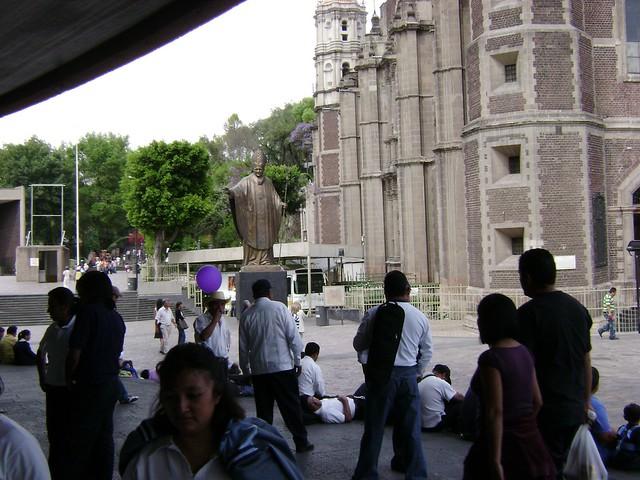 Papa Juan Pablo II, Santuario de Guadalupe, El Tepeyac, Ciudad de México/Pope John Paul, Mexico City - www.meEncantaViajar.com