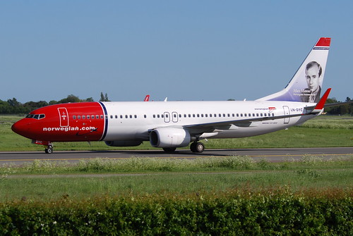 Norwegian Air Shuttle Boeing 737-8JP; LN-DYC@CPH;03.06.2010/574he | by Aero Icarus