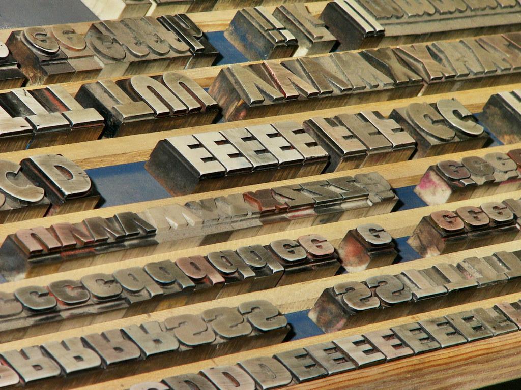 Caractères d'imprimerie   Caractères d'imprimerie   Flickr