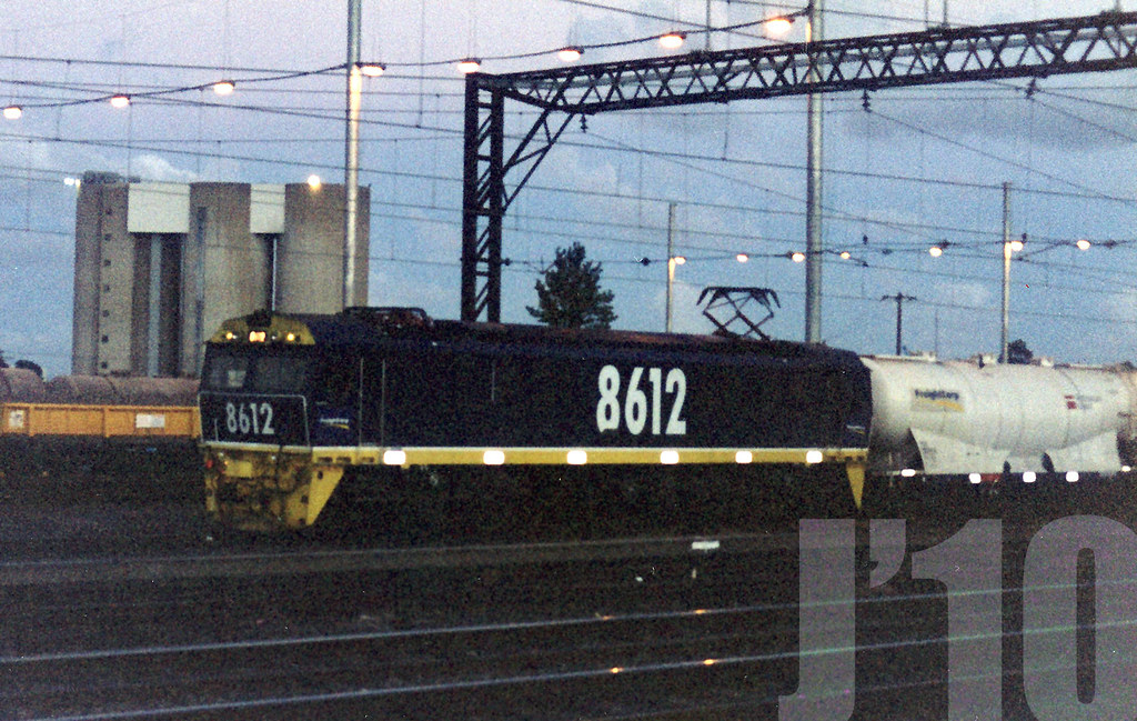 8612 (electric loco) @Clyde ~Dec 1998 by James 460
