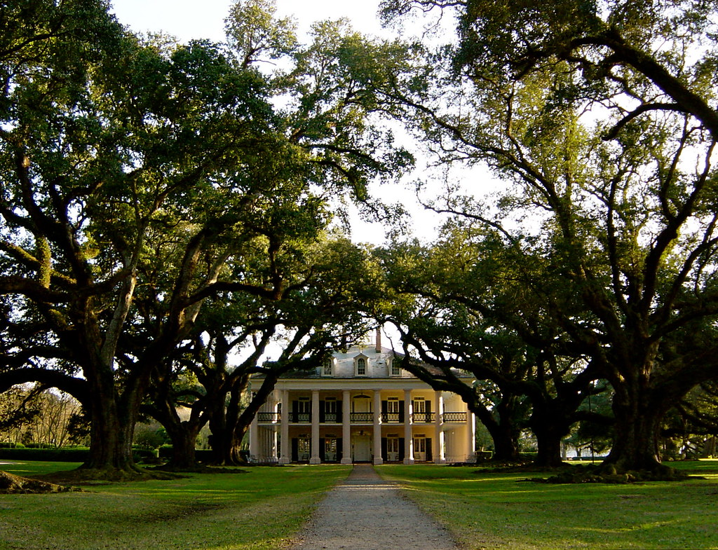 Gone With the Wind   Beautiful Oak Alley Plantation home ...