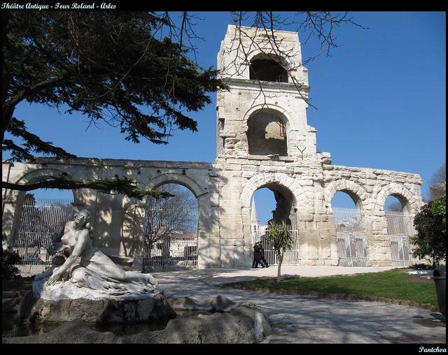 Théâtre Antique - Tour Roland  - Arles - France    EXPLORE #495