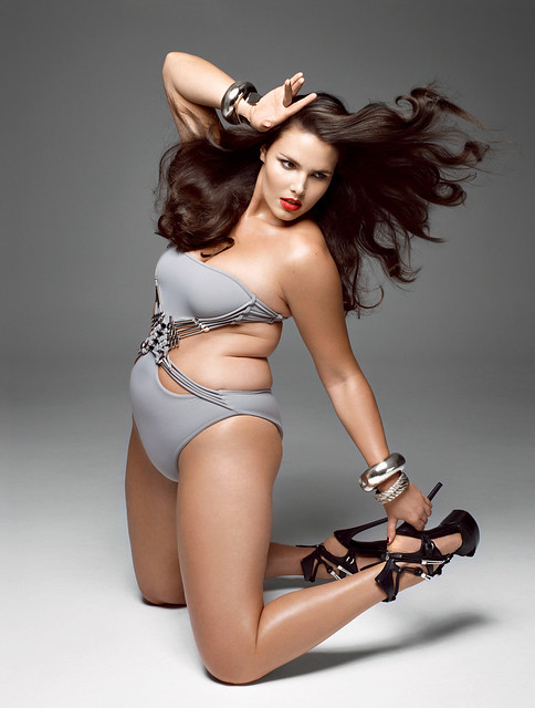 f77a18d7dfc ... curves-v-magazine-size-issue-full-figured-swimsuit