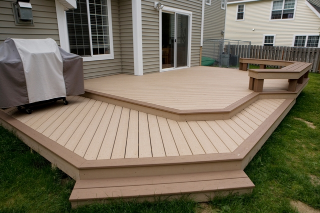 Deck design ideas trex cedar hardwood Alaskan0119 | Saddle T ...