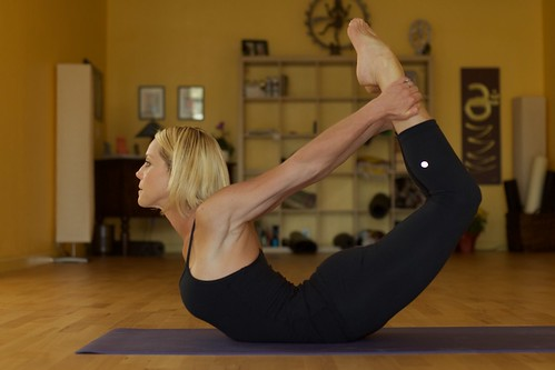 dhanurasana  portraityogi  flickr