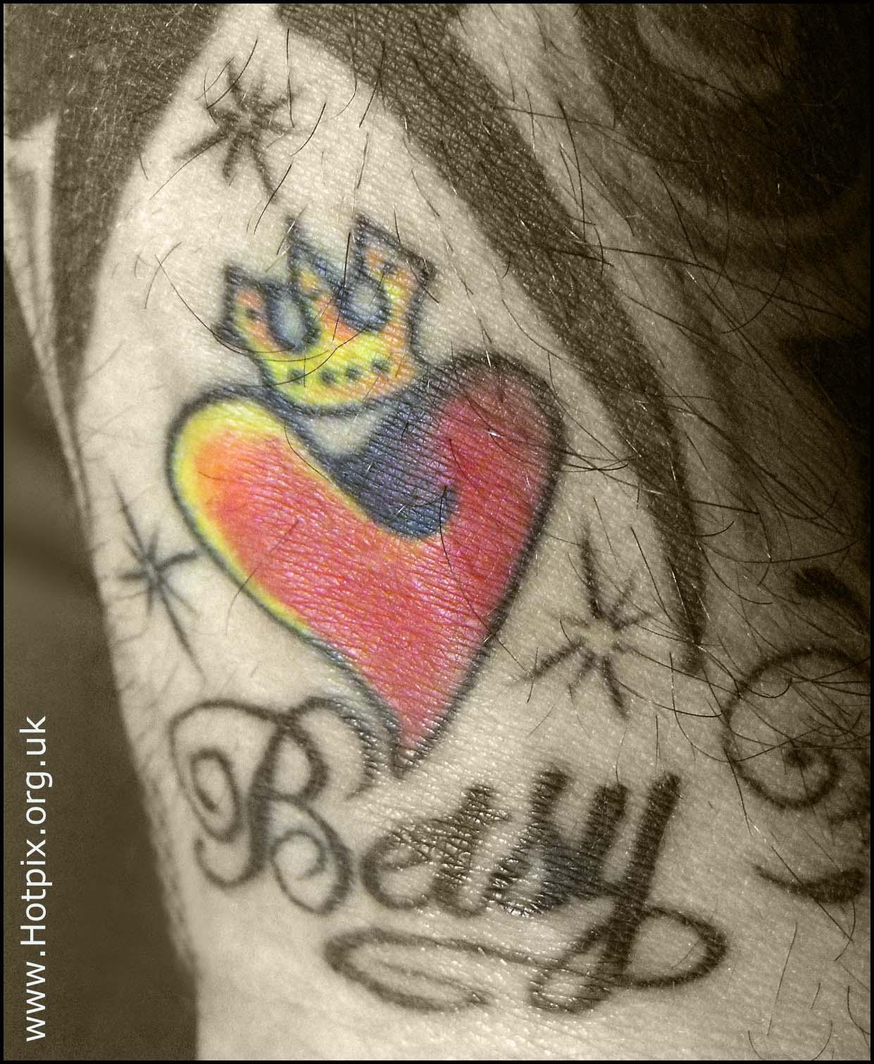 Betsy,Tattoo,tat2,tatoo,tato,arm,coloured,sepia,black,white,BW,mono,monchrome,ink,skin,selective,color,colour,drinker,drinking,man,tribal,tribel,inkintheskin,s1500,fuji,fujifilm,tatuaje,\u0442\u0430\u0442\u0443\u0438\u0440\u043e\u0432\u043a\u0430,T\u00e4towierung,tatouage,tatoegering,\u7d0b\u8eab\u82b1\u523a,partial,mixed,this photo rocks,Tatuada,tatto,tats,bodyart,body,art,selectivo,couleur,s\u00e9lective,vorgew\u00e4hlte,Farbe,hotpix!
