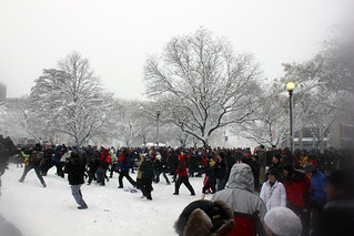 2010 02 06 - 1336 - Washington DC - Dupont Snowball Fight | by thisisbossi