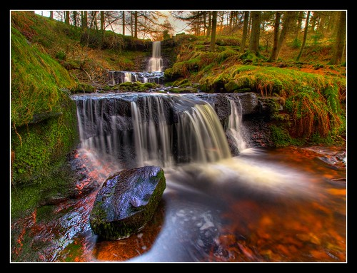 wales geotagged waterfall cymru brecon beacons zuiko talybont olympuse30 918mm geo:lat=51848127 geo:lon=3370947
