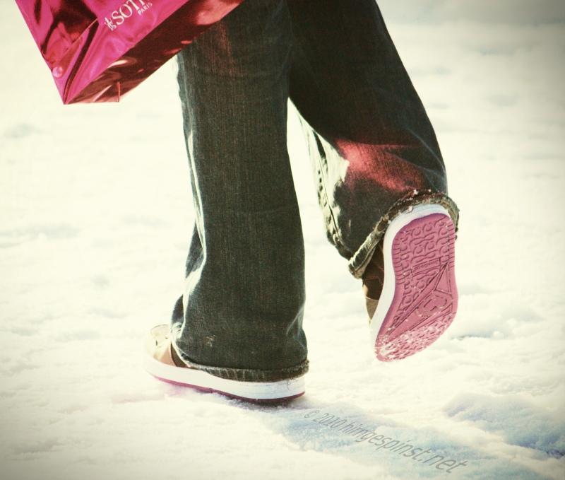 Streifen Vermisst Bluten  Pink Shoes | Pinke Schuhe im Schnee... | Daniel Münch | Flickr