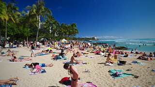 Waikiki Beach | by FHKE