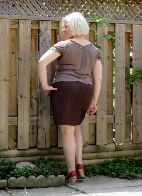 Burda 6-2014-103 linen top back