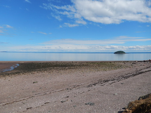 Low tide campsite Spencers Island - 1