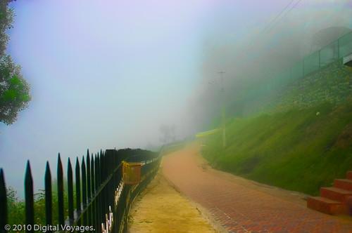 red india mist brick fog fence path f10 hills kodaikanal coakerswalk