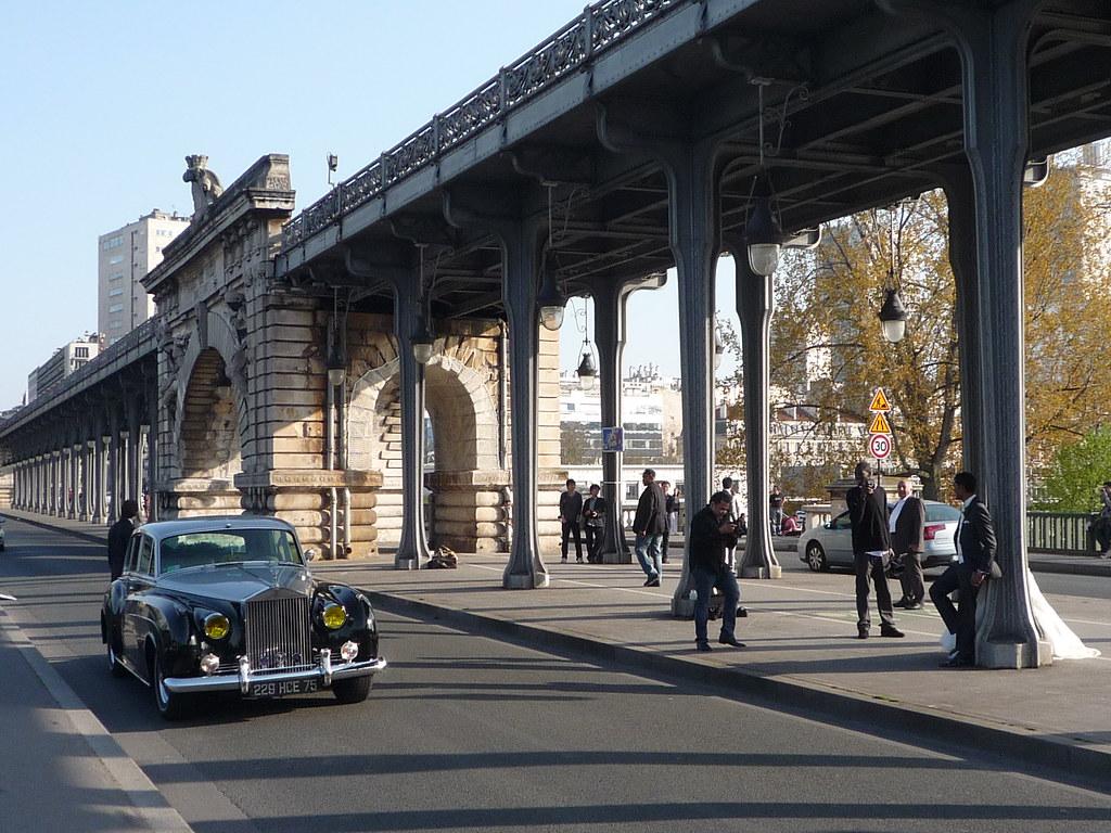 Rolls Royce On Pont De Bir Hakeim Formerly Pont De Passy