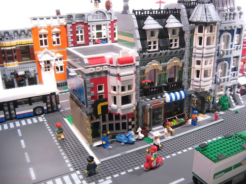 Lego Town Scooter Shop