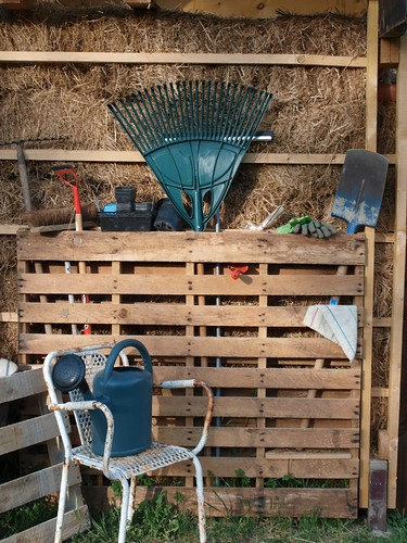 Pallet serves as Garden Tool Store | by nic.robinson98