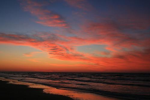 galveston beach nature sunrise sand peace gulf tranquility coastal wooten greatnature dailynaturetnc09 gulftnc09 dailynaturetnc10 photocontesttnc10 happiness:assignment=getoutside dailynaturetnc11 oceanstnc dailynaturetnc12 ronwooten ronwootenphotography