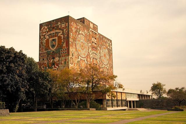Biblioteca (UNAM) / México