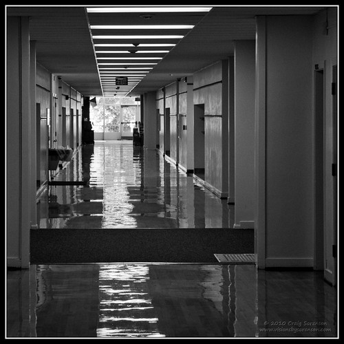 wood school summer usa childhood canon eos unitedstates memories hallway idaho elementaryschool memory 2009 polished lewisandclark pocatello gowest 50d efs1755mmf28isusm craigsorenson july31stthroughaugust16th