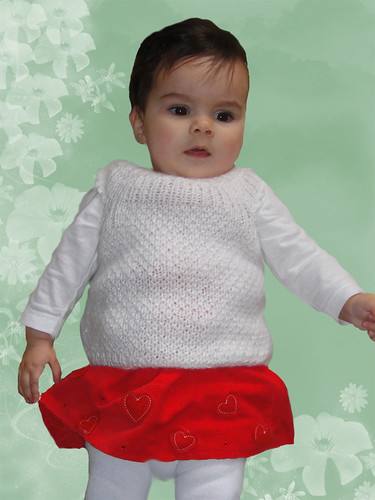 Baby Sleeveless Slipover Warm Hand Knit - size 3 - 6 - GIFT warm white Booties