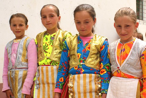 schoolgirls in national dress, Crni Vrv