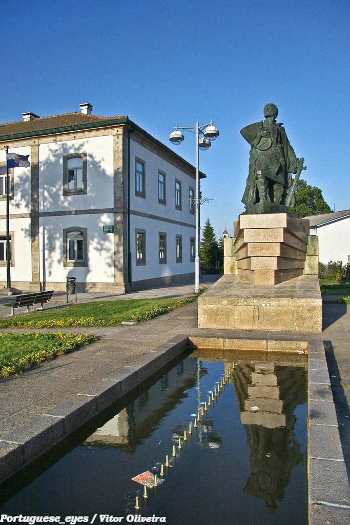Monumento a João Rodrigues Cabrilho - Montalegre - Portugal