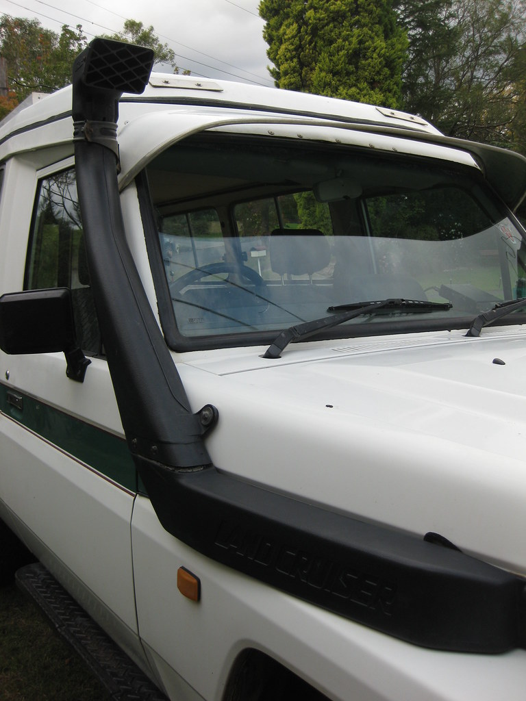 Snorkel on our 75 Series Toyota Landcruiser | Snorkel, allow