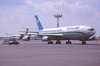 138ai - Kras Air Ilyushin 86; UK-86012@SVO;15.07.2001