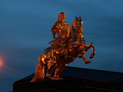 Goldener Reiter 100