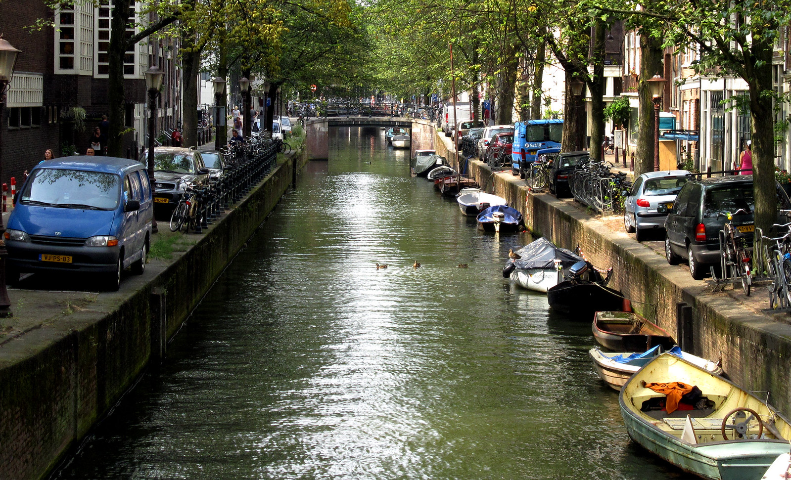 Amsterdam 541