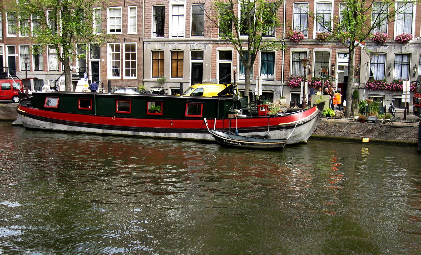 Amsterdam 588