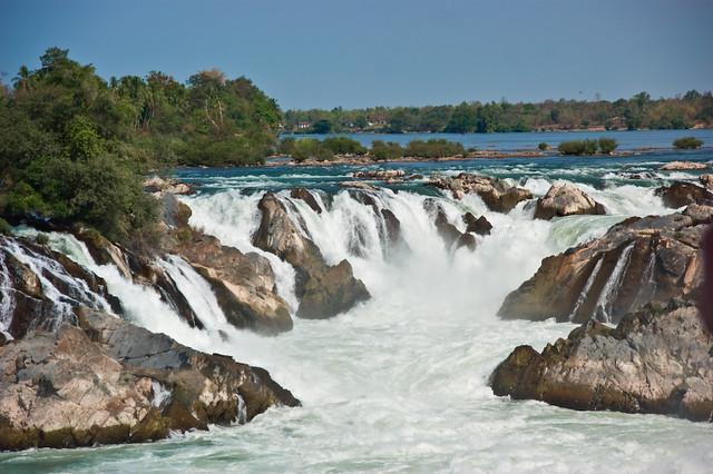 khone falls. | khone phapheng falls, laos | Sabine Steinmüller ...