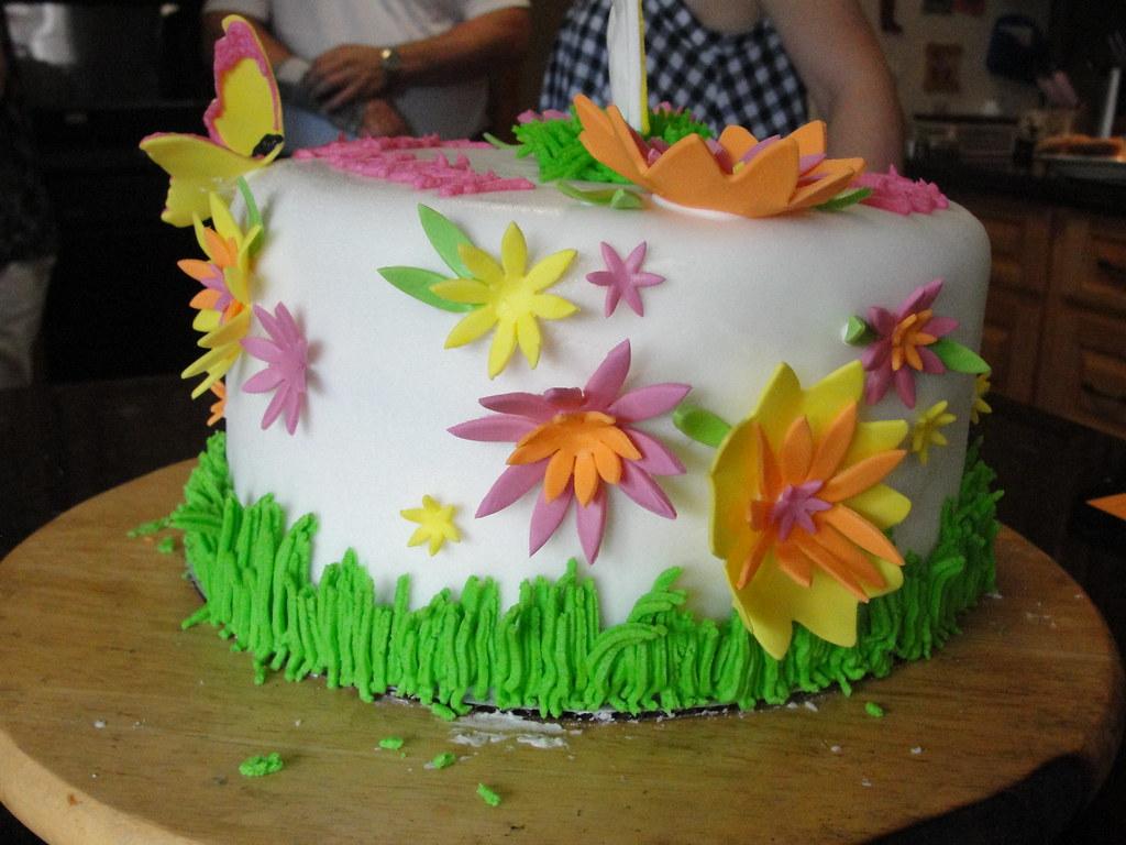 Peachy 15Th Birthday Cake We Made A 15Th Birthday Cake For A Girl Flickr Funny Birthday Cards Online Elaedamsfinfo