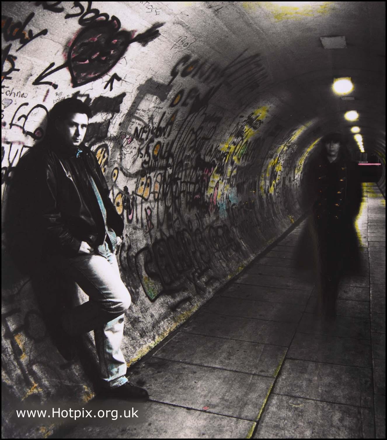 Tunnel,strangers,BW,toned,hand,colored,color,colour,Latchford,danger,dangerous,walk,night,path,way,pathway,Warrington,graffitti,grafitti,graffiti,dirty,black,white,mono,monochrome,partial,mixed,selctive,colores,Hotpicks,hotpics,hot,pics,pix,picks,interesting,place,places,hotpix!
