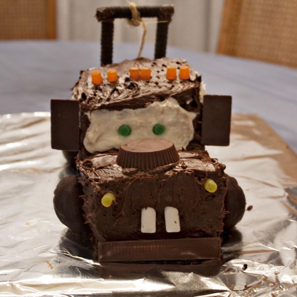 Marvelous Tow Mater Cake I Made For Gwens Birthday Darci Flickr Funny Birthday Cards Online Benoljebrpdamsfinfo