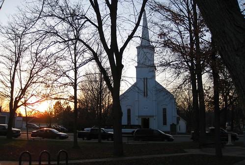 church evening mainstreet downtown village michigan vermontville eatoncounty vermontvilletownship