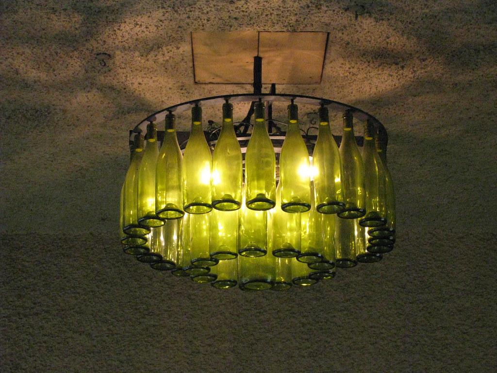 Cave A Vin Design france -irancy - la bourgogne -cave a vin - eclairage or