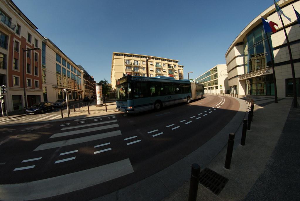 Bus Teor en site propre
