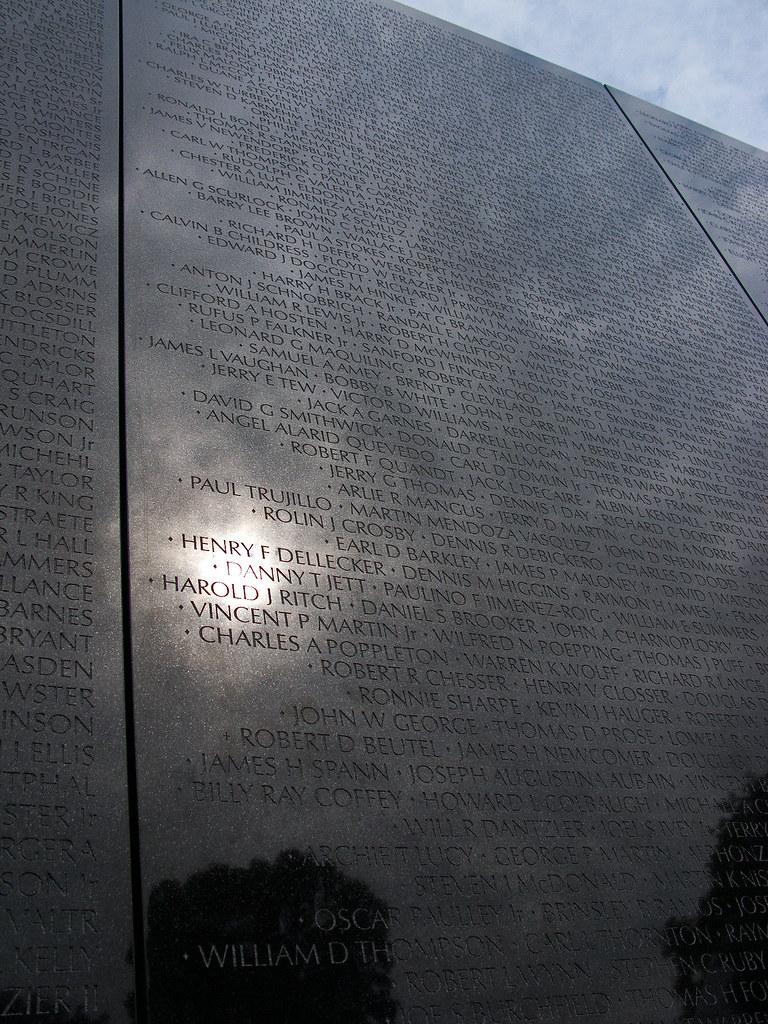7278 Vietnam Memorial, Washington, DC by John Prichard