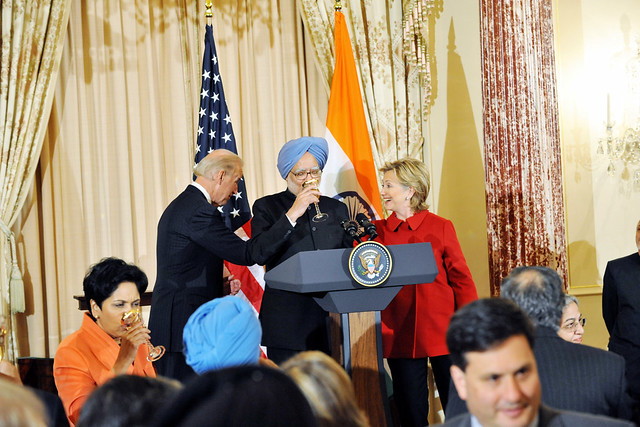 Vice-President Biden, Secretary Clinton Co-Host Social Lunch in Honor of Indian Prime Minister