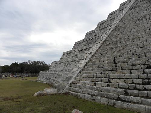 Pyramid steps