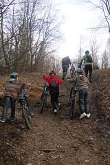 3_Dragehode på sykeltur_100421_turen startet med noen bratte bakker som vi måtte klatre_foto_MarianneTilden