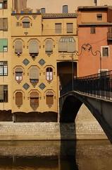 Pont de la Princesa i Casa Miquel Gómez, Girona