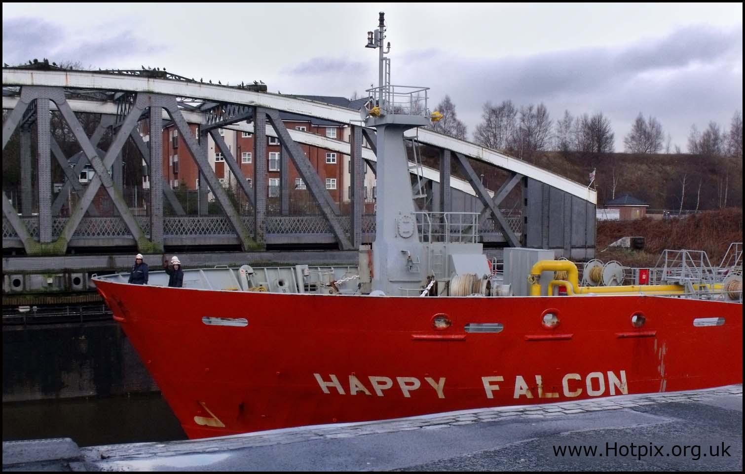 latchford,warrington,cheshire,england,uK,grappenhall,GB,boat,ship,red,hull,swing,bridge,manchester,canal,lock,happy,falcon,LPG,Tanker,IMO,9227261,Flag,IOM,Built,2002,3366gt,winter,january,2010,22/01/2010,01/22/2010,baot,schip,Hotpicks,hotpics,hot,pics,pix,picks,highway,road,hotpix.freeserve.co.uk,hotpix!,hotpix.rocketmail.com,hotpixuk.rocketmail.com,contact.tony.smith.gmail.com,tony.smith.gmail.com,tonys@miscs.com,tony.smith@mis-ams.com