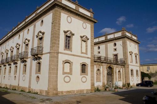 Palazzo Cutò (Palazzo Aragona), Bagheria | by la_mosca_tse_tse