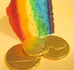 gold at the end of the rainbow cake | by colorkitten