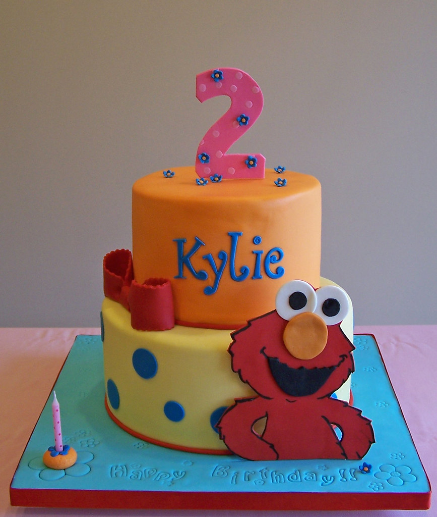 Incredible Elmo Cake A Girly Elmo Cake Have A Good Night Everyone Flickr Funny Birthday Cards Online Inifodamsfinfo