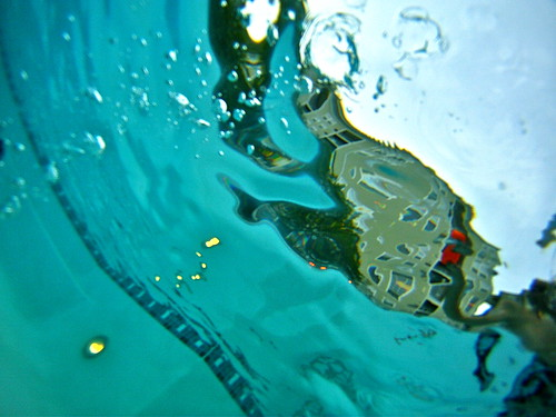 Drowning... | by Tasayu Tasnaphun