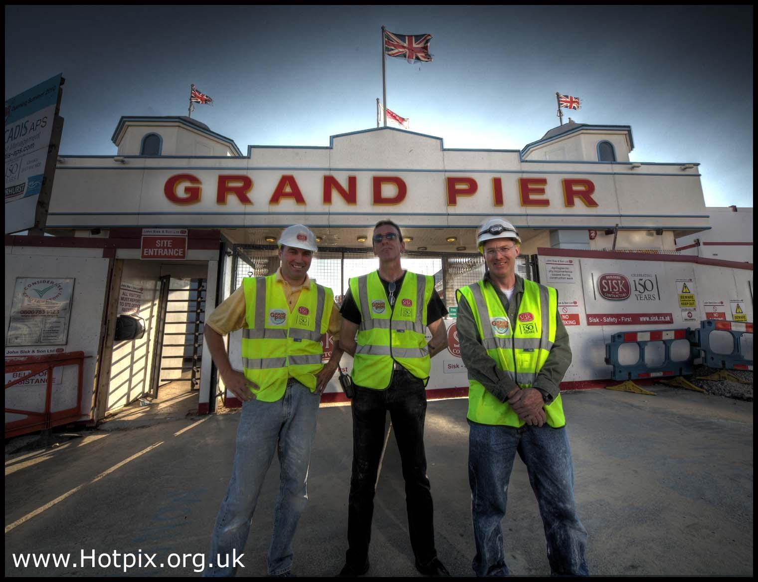 pier,weston,super,mare,westonsupermare,sea,side,seaside,english,england,UK,britain,british,building,project,village,people,gay,icon,icons,builders,mate,reflective,jackets,jacket,health,safety,hotpix!,#tonysmith,#tonysmithhotpix