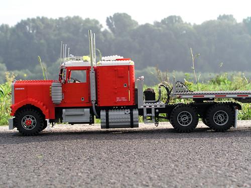 kenworth_w900_longnose_flatbed_trailer_04